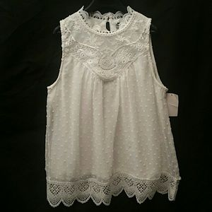 Knit Works Lace WITH Polka-dots top